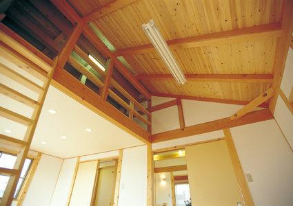 勾配天井,杉板仕上げ